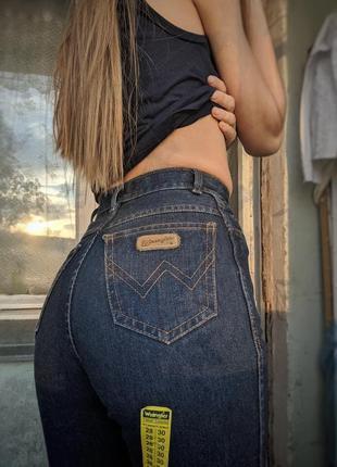 Джинсы мом, mom jeans wrangler синие джинсы
