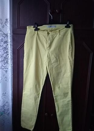 Жёлтые джинсы gloria jean's