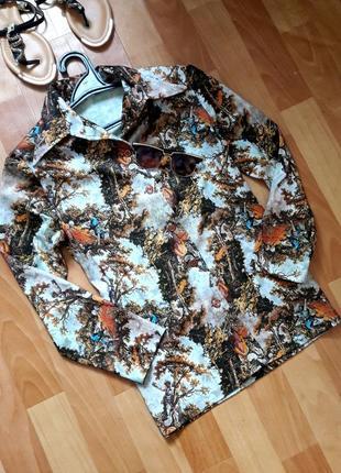 Класна блуза як картина)