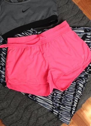 Розовые неоновые шорты хс размер 34 спортивные шорты h&m h&m
