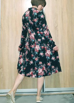 Красивейшее платье миди на пуговичках в цветочный принт из вискозы promod9 фото