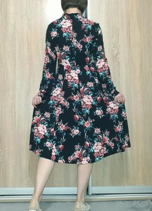 Красивейшее платье миди на пуговичках в цветочный принт из вискозы promod10 фото