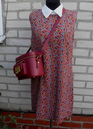 Платье без рукавов  насыщенный принт  с белоснежным воротничком от  urmoda
