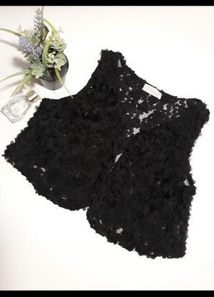 Красивая чёрная жилетка жилет в розочки. one size