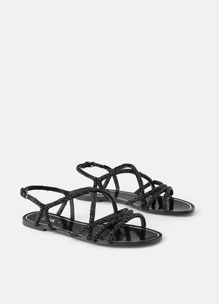 Мега крутые сандалии zara