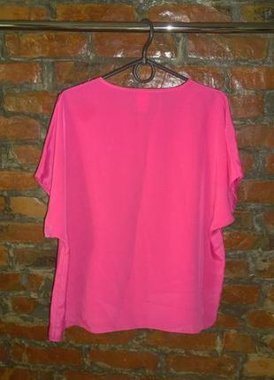 Блуза кофточка прямого кроя из мокрого шелка трендового неонового оттенка