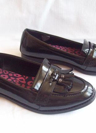 Туфли лоферы кожа лаковая