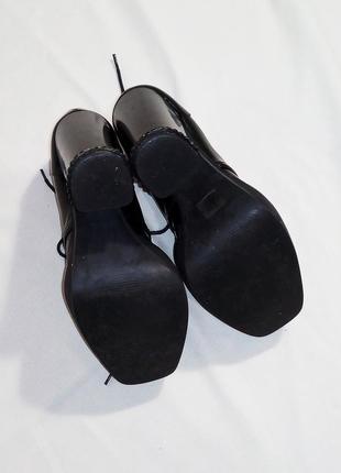 Нереальные ботинки лоферы на каблуке5 фото