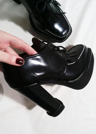 Нереальные ботинки лоферы на каблуке7 фото