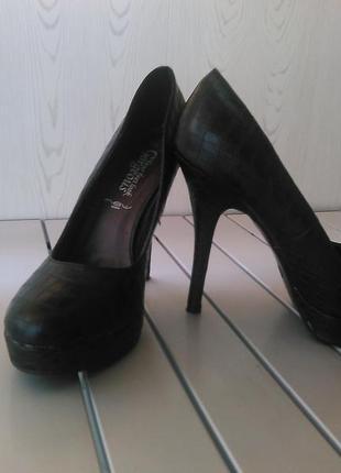 Туфли на высоком каблуке new look