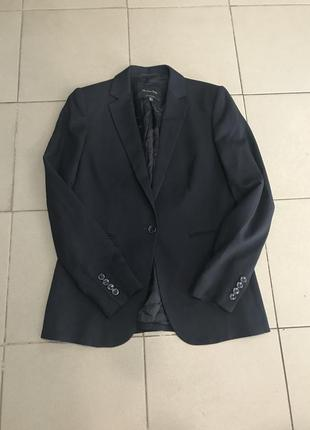 Классный пиджак massimo dutti