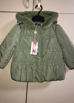 Тёплая куртка на девочку 6-9 месяцев