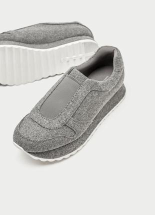 Фетрові кросівки zara