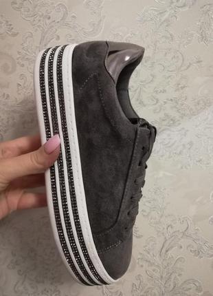 Стильные кроссовки, кеды в наличии. польша4 фото