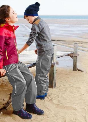 Дождевые брюки tchibo(германия) для активных детей! не продувается, не промокает,