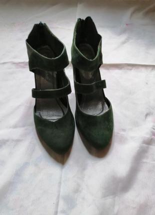 Распродажа!!!! замшевые туфли / 39 размер