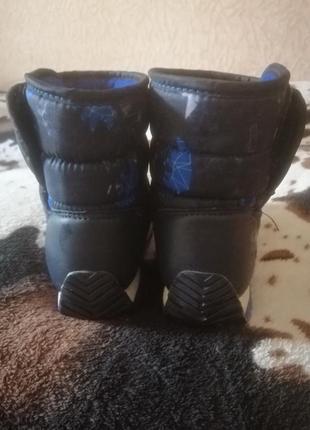 Детские зимниее ботиночки