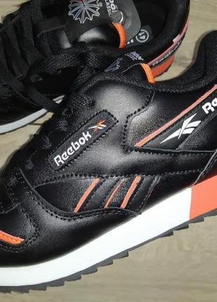 Мужские кроссовки натуральная кожа reebok classic кросівки