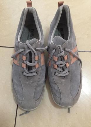 Кожаные кроссовки hotter
