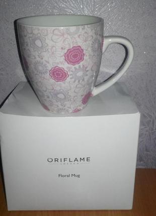 Фирменная чашка oriflame в коробке