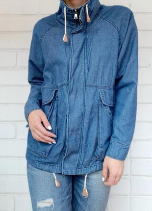Куртка джинсовая своюодного кроя