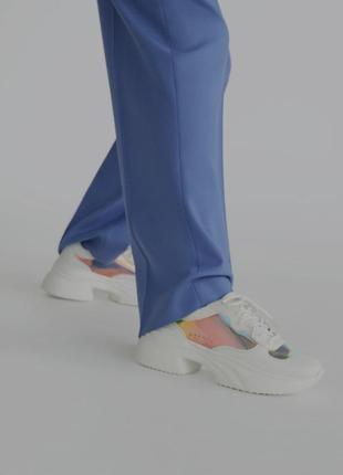 Мега крутые кроссовки от zara, белые на платформе