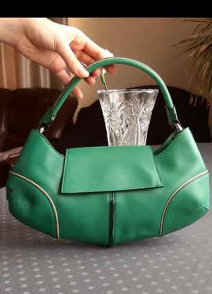 Кожаная красивая зеленая сумка фирмы rosetti в новом состоянии