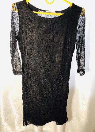 Платье гипюровое чёрное