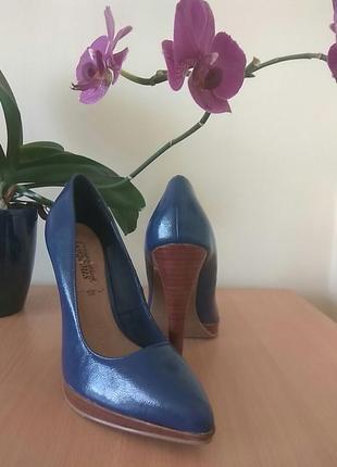 Класні туфлі на шпильці, розмір 39
