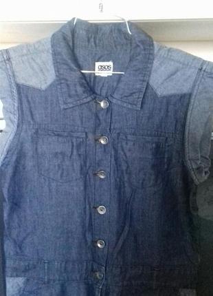 Бомбезный джинсовый комбинизон.