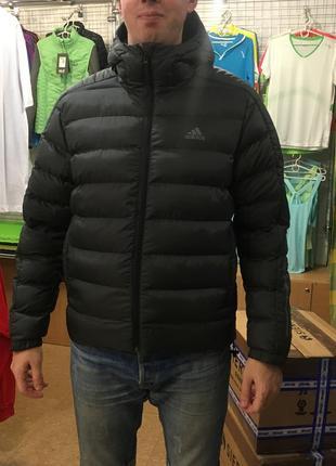 Зимова куртка asidas