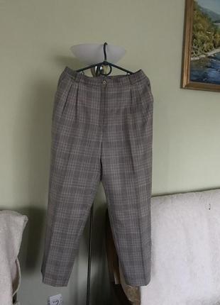 Классические элегантные штаны в мелкую гусиную лапку