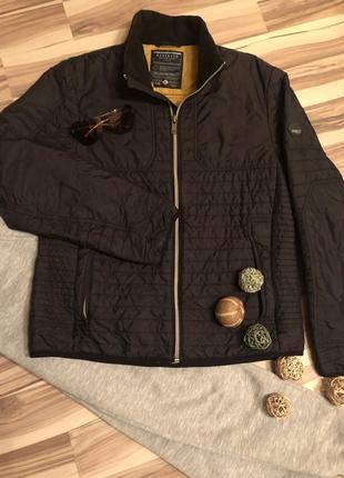 Мужская демисезонная куртка,ветровка reserved