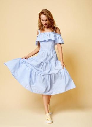 Платье с открытыми плечами ostin