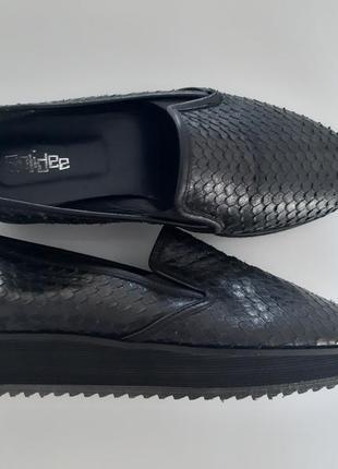 Жіночі шкіряні туфлі ,мокасини