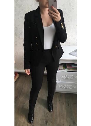 Костюм h&m с пуговицами пиджак брюки