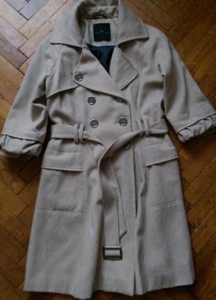 Стильное двубортное пальто шерсть