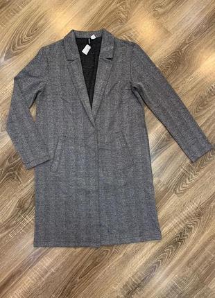 Пальто-пиджак от divided h&m