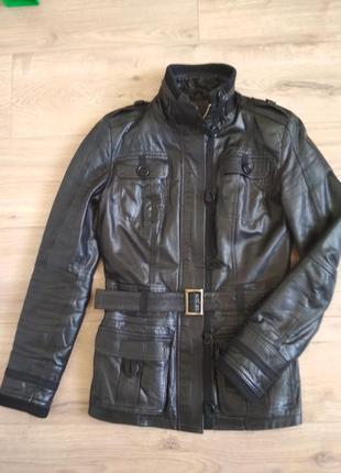 Крутая куртка. кожанка качественная косуха.