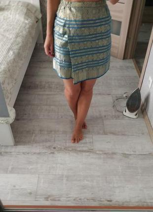 Красивая нарядная мини юбка под гобелен