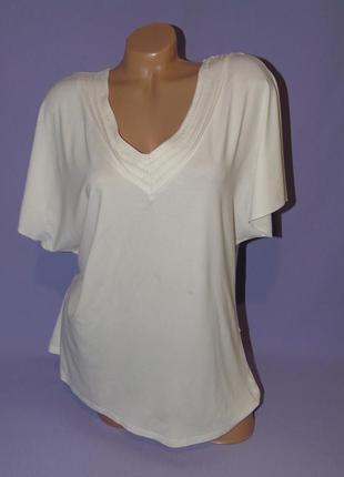 Кремовая футболка 16 размера
