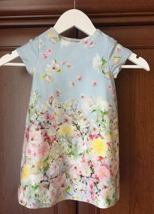 Витончене платюшко zara для дівчинки в розсипні квіти,вік 2-3р/98 см