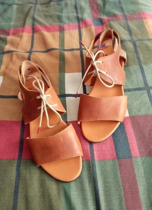 Кожаные сандалии think!