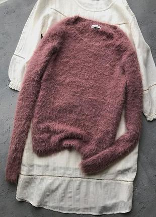 Красивейший пушистый свитер люксовый бренд