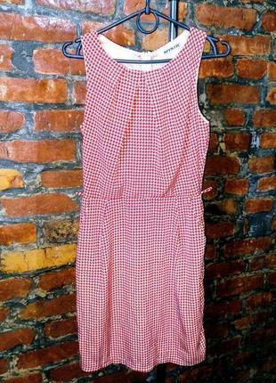 Платье чехол футляр из мокрого шелка в принт гусиная лапка