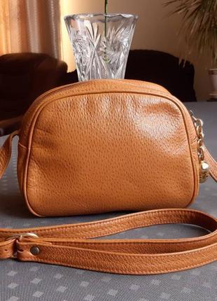 Кожаная коричневая сумка кроссбоди фирмы via brera