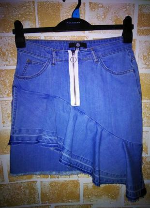 Крутая джинсова юбка от missguided
