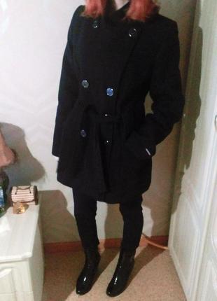 Стильное драповое черное пальто venefika vestis