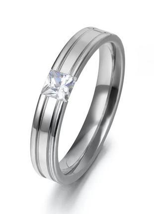 Интересное кольцо колечко каблучка украшение . квадратный циркон . бижутерия .