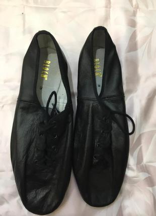 Спортивные туфли  для танцев bloch